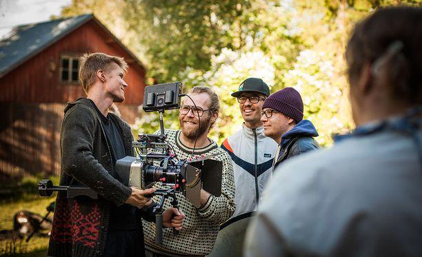 Elokuva kuvattiin kesällä 2016. Elokuva saa Suomen ensi-iltansa vuoden 2018 alussa.