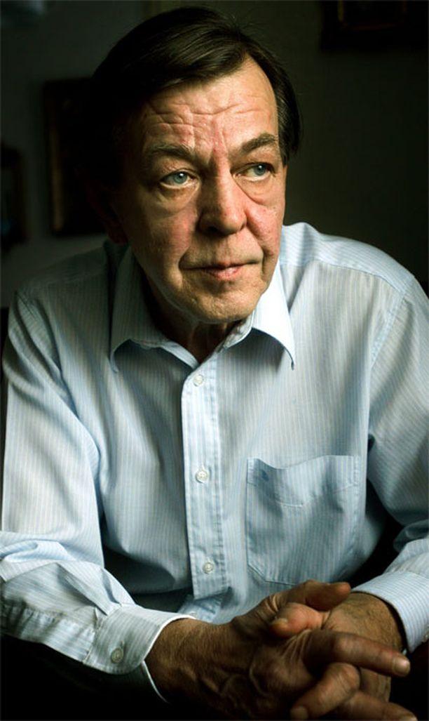 Pitkän linjan poliitikko Urpo Leppänen oli kuollessaan 66-vuotias.
