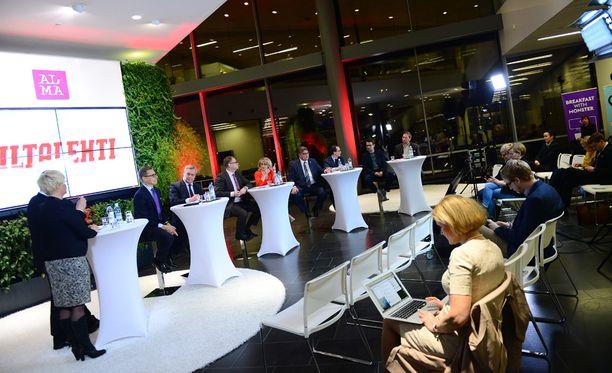 Puolueenjohtajat olivat Iltalehden tentissä yhtä mieltä siitä, että Venäjän epävakaus on uhka Suomelle.
