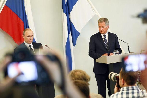 Sauli Niinistöllä ei ole Vladimir Putinin kännykkänumeroa.