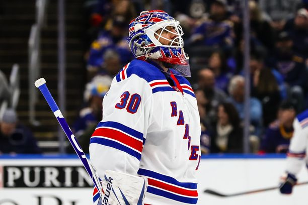 Henrik Lundqvist oli vuosia New York Rangersin ykkösmaalivahti.