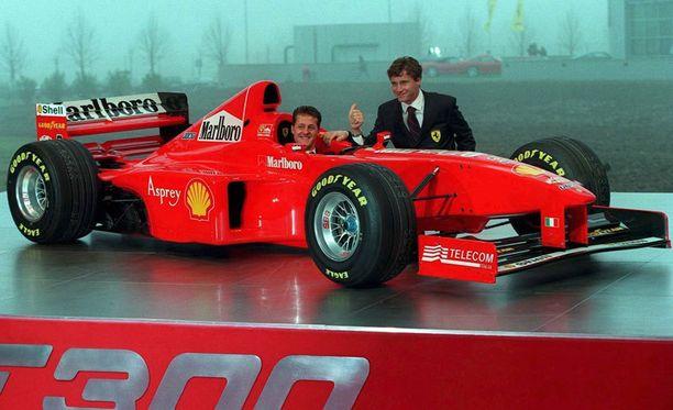Ferrarin kuskina 1998 toimi Schumacherin lisäksi Eddie Irvine.