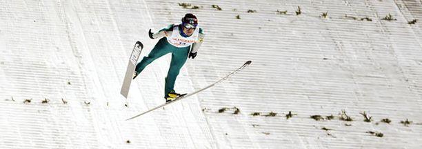 Janne Ahosen hyppy ei lentänyt Rukalla.