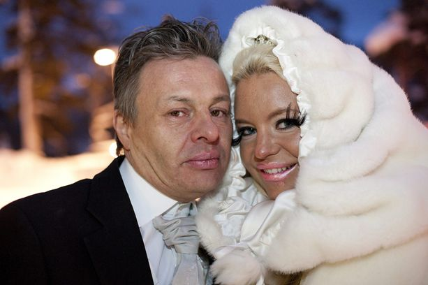 Arto Länsman ja Johanna Tukiainen avioituivat helmikuussa.