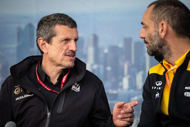 Haasin Günther Steiner ja Renault'n Cyril Abiteboul ovat ajautuneet keskenään ristikkäisille raiteille.