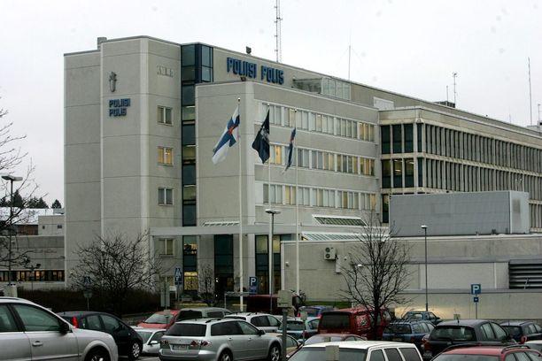 Tapaus sattui runsas vuosi sitten Länsi-Uudenmaan poliisitalossa Espoon Kilossa.