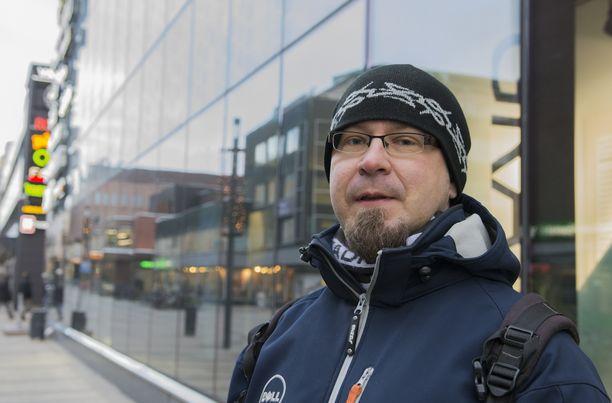 Tuomo Tikkanen sanoo olevansa huolissaan ja uskoo Oulun ilmi tulleiden tapausten olevan vain jäävuoren huippu.