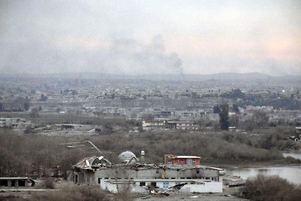 Isisin hallussaan pitämää Länsi-Mosulia.