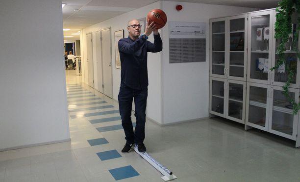 Sami Kalaja toimii nykyään Kilpa- ja huippu-urheilun tutkimuskeskuksen eli Kihun johtajana.