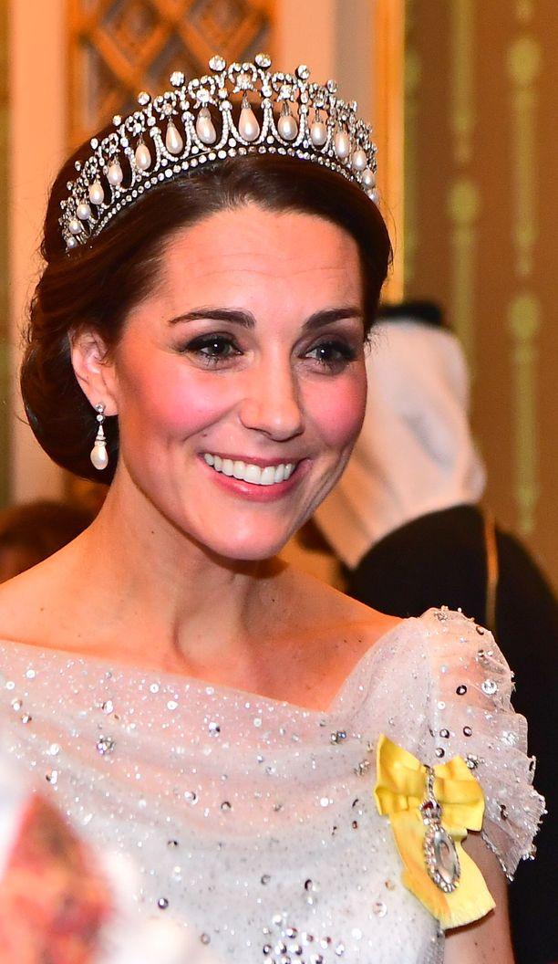 Herttuatar Catherinen asukokonaisuus on kuin suoraan satukirjan prinsessan.