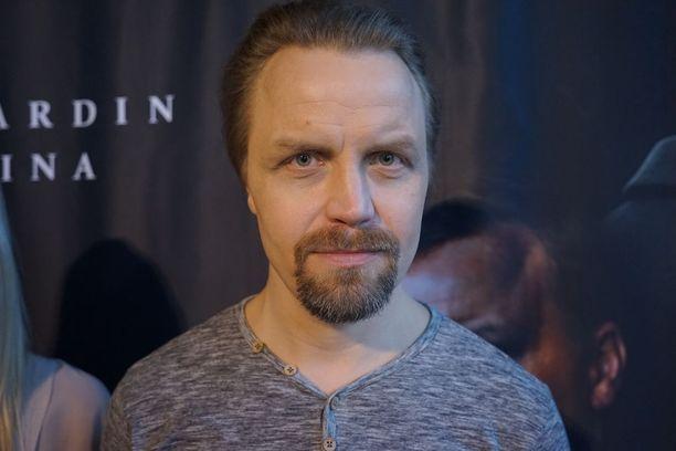 Jani Volanen työskentelee näyttelijänä, ohjaajana ja käsikirjoittajana. Kuva on Jättiläinen-elokuvan pressistä vuodelta 2016.