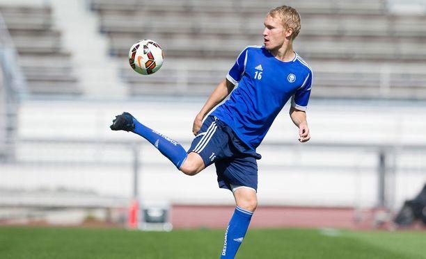 Valtteri Moren tuo kaivattua kilpailua maajoukkueen toppariosastolle.