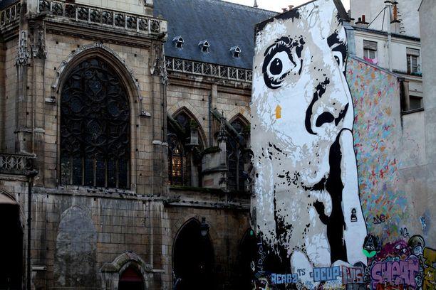 Graffiti sopii myös kirkon kupeeseen, kun se toteutetaan oikein.