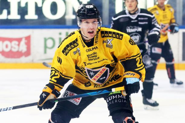 Aapeli Räsänen, KalPan kolmossentteri, on tehnyt alkukauden 18 ottelussa tehot 3+4=7.