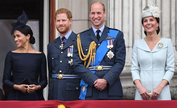 Meghan, Harry, William ja Catherine viettivät viime joulun yhdessä prinssi Charlesin kehotuksesta.