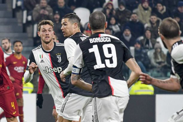 Serie A:ssa halutaan takaisin tositoimiin.