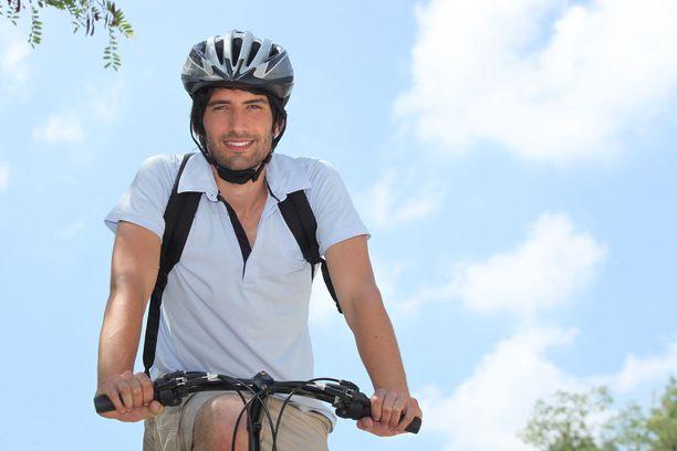 Tutkimuksen mukaan lisääntynyt liikunta-aktiivisuus oli yhteydessä pienempään sairauspoissaolojen riskiin.