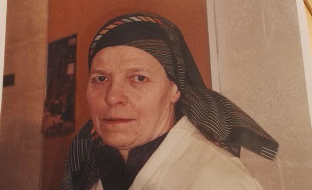 Nunna Irmeli Vuolle, 73, katosi tiistai-iltana Lintulan luostarista. Sakari Tolvanen kohtasi hänet tuona iltana Honkasalontiellä.