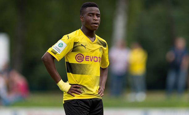 Youssoufa Moukoko on latonut hurjan määrän maaleja Borussia Dortmundin juniorijoukkueissa ja esiintynyt Saksan alle 16-vuotiaiden maajoukkueessa.