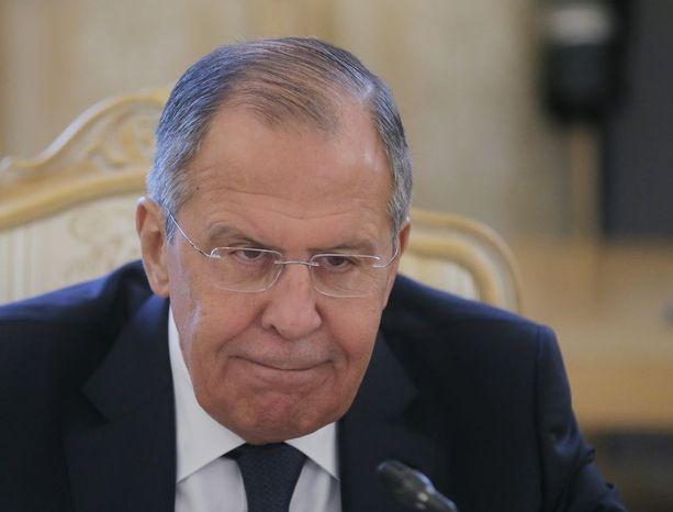 Venäjän ulkoministeri Sergei Lavrov sanoi, että Venäjä vastaa samalla mitalla Ison-Britannian asettamiin pakotteisiin.