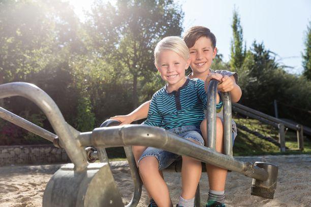 Tutkimuksen mukaan oikeat muistomme ovat peräisin ajalta, jolloin olimme 3-4 -vuotiaita. Sitä aiemmat ovat vain palasia sieltä täältä.