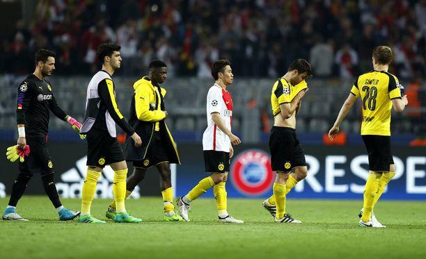 Terrori-iskusta toipuva Dortmund hävisi eilen Monacolle 2-3.