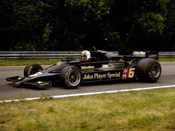 Vuosina 1977–78 radoilla nähty Lotus 78 oli auto, joka aloitti maaefektiaikakauden F1-sarjassa.