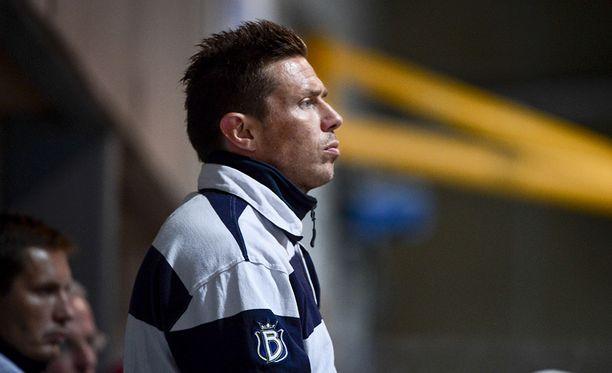 Jyrki Aho on kokenut äärilaidat päävalmentajana: mestaruuden voittamisen ja konkurssin.