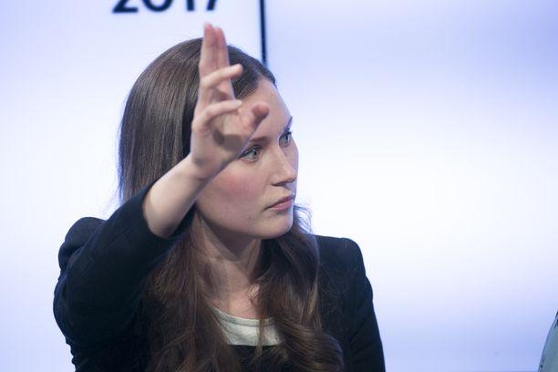 """""""Usein tuntuu, että ilmastopolitiikan tekeminen nähdään jotenkin sellaisena, että ihmisten olot kurjistuvat"""", ministeri Sanna Marin kritisoi."""