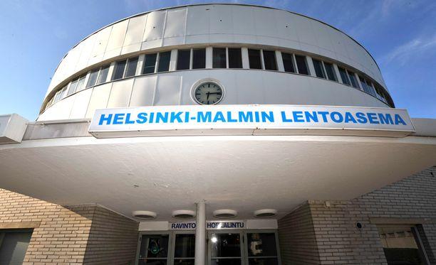 Liikenneministerin asettama työryhmä otti voimakkaasti kantaa Malmin lentokentän tulevaisuuden puolesta.