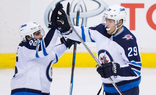 Mathieu Perreault (vas.) vastasi Winnipeg Jetsin ainoasta maalista varsinaisella peliajalla. Patrik Laine (29) ei päässyt voittolaukauskisassa yrittämään patenttiharhautustaan.