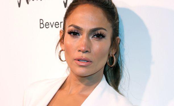 Jennifer Lopez aloittaa Las Vegasissa All I Have -shownsa.