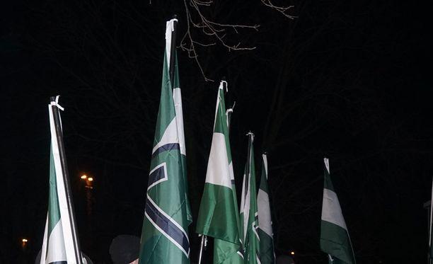 Pohjoismainen Vastarintaliike osoitti itsenäisyyspäivänä mieltään Helsingin keskustassa.
