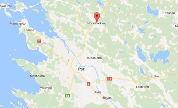 Oppilas uhkasi opettajaa teräaseella Porissa.