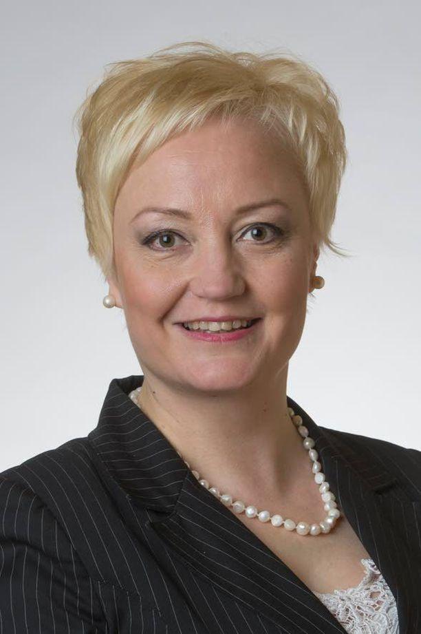 Kansanedustaja Elsi Katainen.