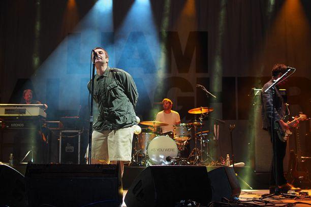 Gallagher soitti Turussa samat kappaleet kuin muillakin soolokeikoillaan.