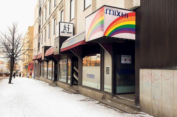 TIUKILLA Seksuaalivähemmistöjen suosiman baarin lipputulot ovat teillä tietymättömillä.
