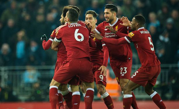 Vetovihje uskoo Liverpoolin juhliin.