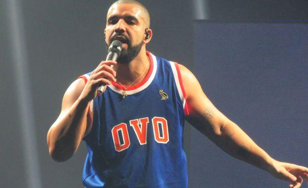 Draken kunto petti ennen keikkaa - kiitos sushin.