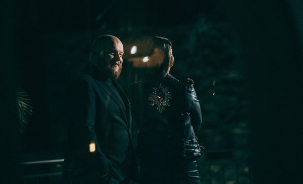 Kasmir kehui Sania ihanaksi tämän Kaija-esityksen jälkeen.