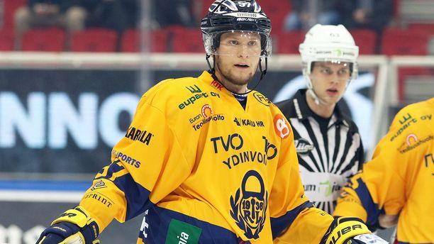 Johan Motin on luutinut vahvasti Lukon ykköskentällisessä Janne Niskalan pakkiparina.