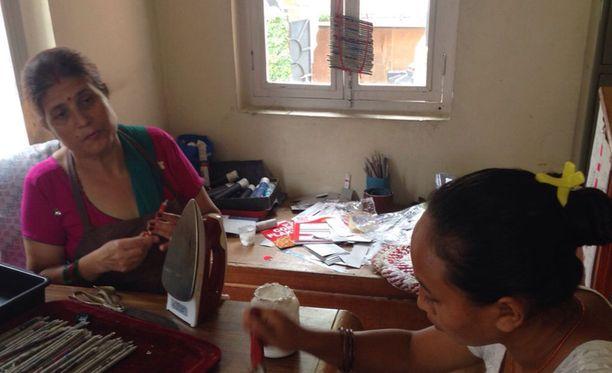 Työ antaa mahdollisuuksia köyhille naisille.