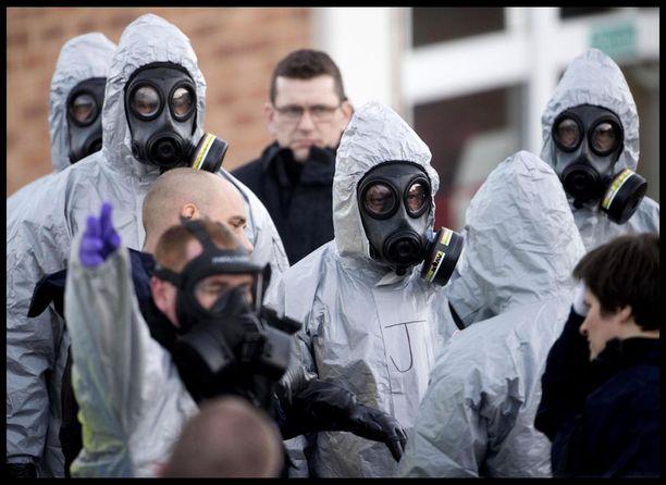 Rikostutkijat ovat suojanneet itsensä huolellisesti Salisburyssa.