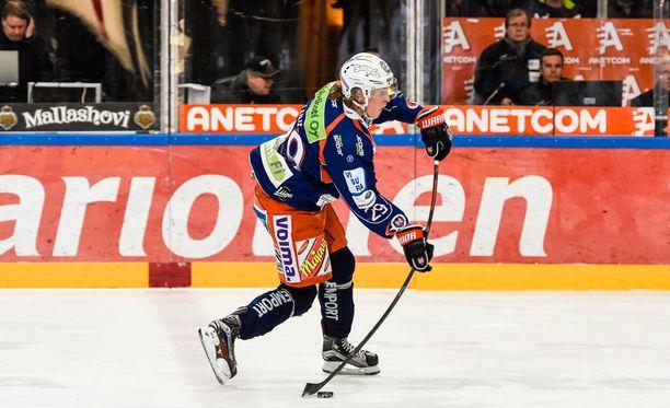 Patrik Laine on ollut kovassa nosteessa loistavasti sujuneiden nuorten MM-kisojen jälkeen.