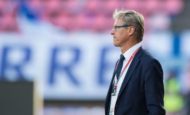 Maajoukkuevalmentaja Markku Kanerva kertoo Roman Eremenkon ilmoittavan maajoukkueaikeistaan pian.