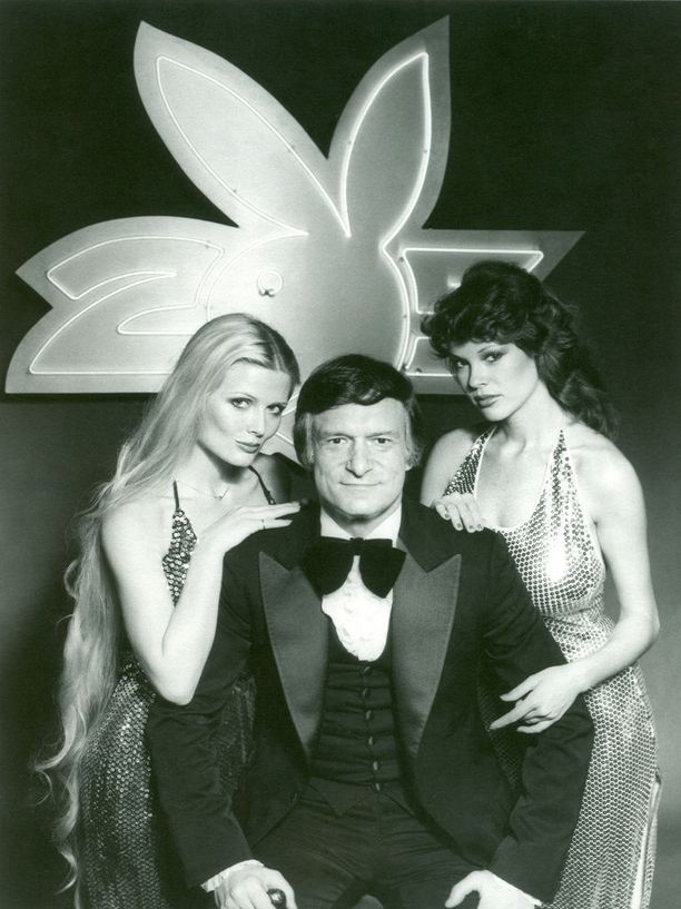 Hefner avioitui kolme kertaa ja hänellä oli lukuisia tyttöystäviä.