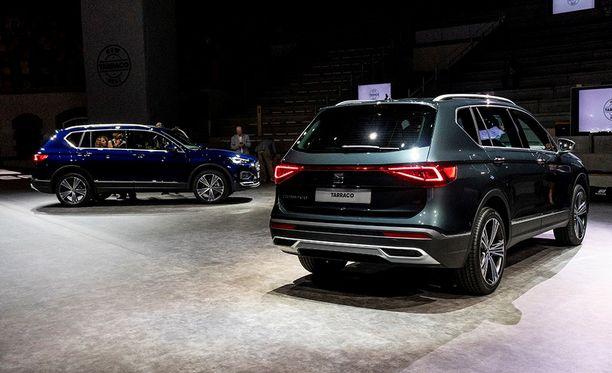 Arvokkaan näköinen takaa katsottuna. Huomaatko vaikutteet VW Touaregista?