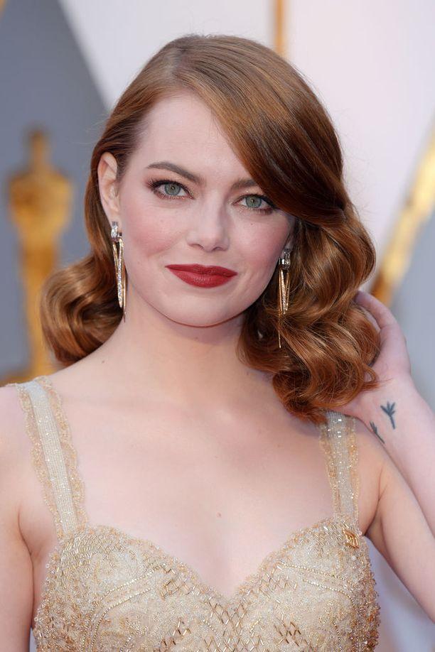 Emma Stone lukeutuu Hollywoodin ikonisimpiin punapäihin.