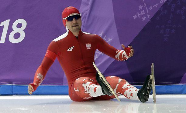 Ei ole totta! Artur Nogalin olympiasuoritus meni pieleen heti lähdössä.