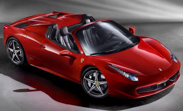 Avo-Ferrari on haastavan näköinen led-valosilmineen ja kulmikkaine muotoineen.